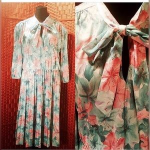 Vintage powder blue and pink pleated dress